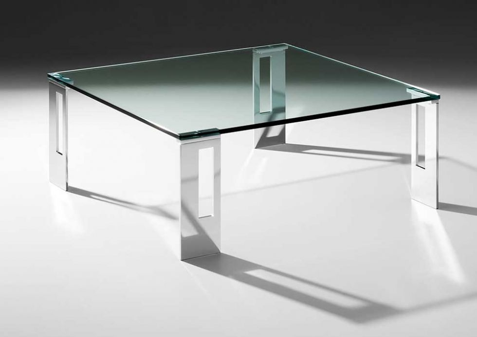 Living room table with 4 feet and glass top